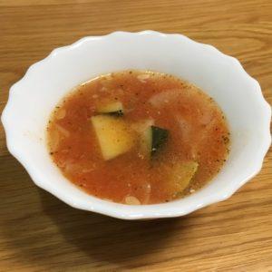 ズッキーニと塩小路のスープ